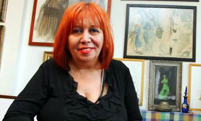 portrait of Lale Muldur